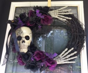 DIY Spooky Halloween Wreath