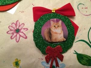 Kitty Inside Wreath Ornament
