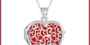 Give a Heart Shaped Locket for Valentine's Day